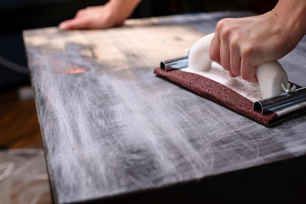 Restauration : le charme des meubles anciens