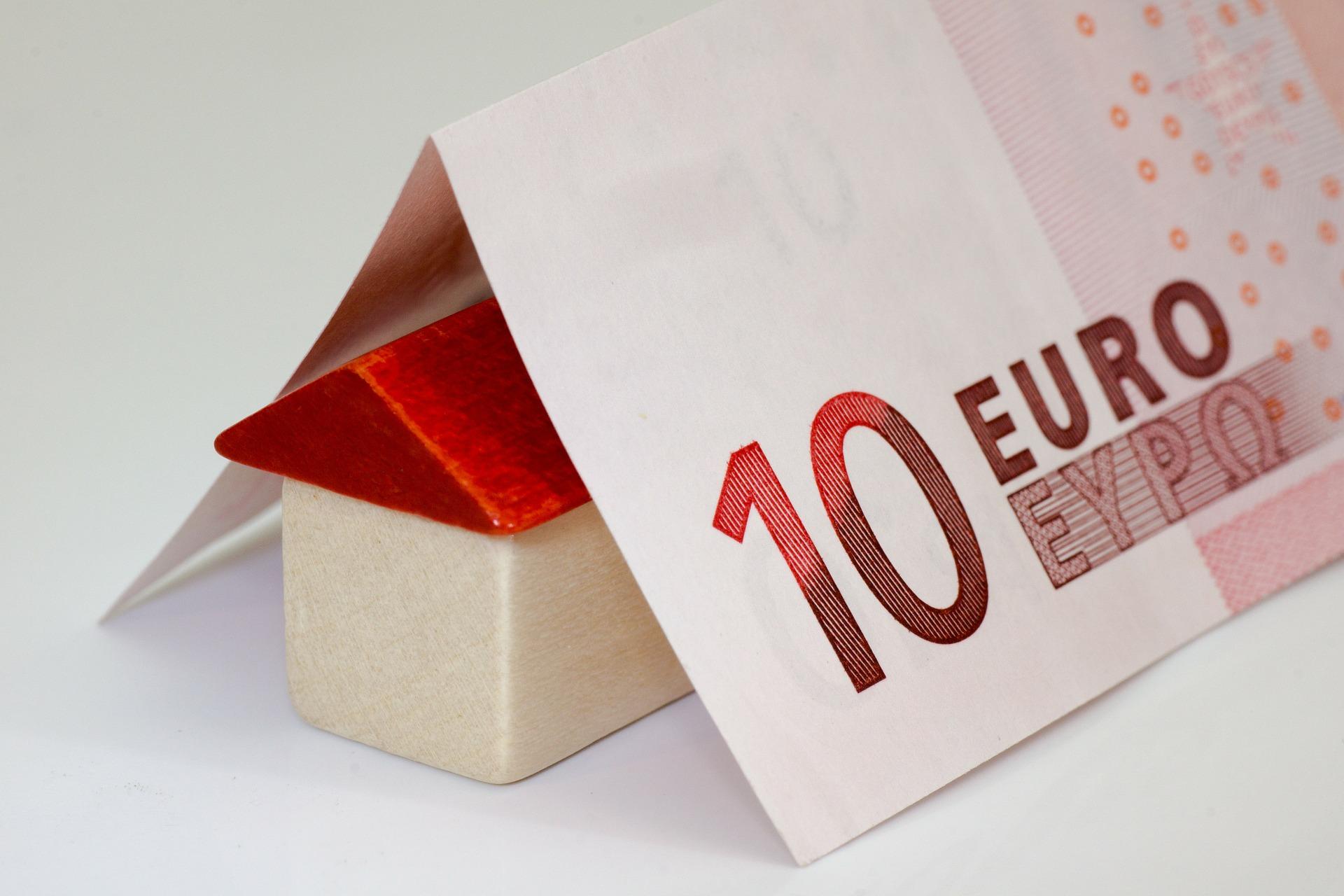 Comment faire des économies en achetant une maison ?