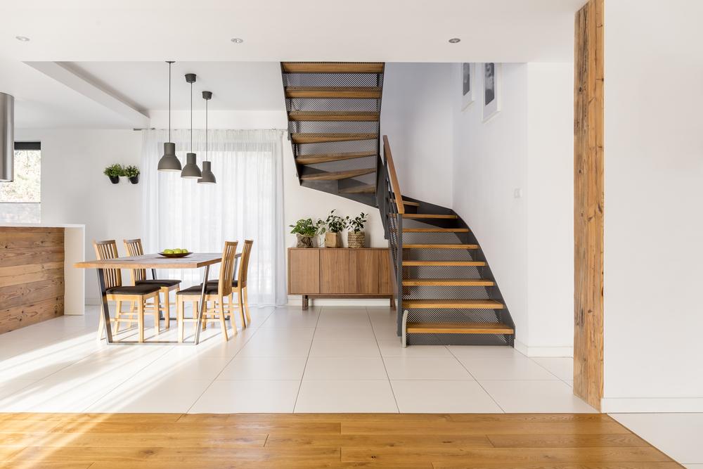 Quel type d'escalier choisir pour votre intérieur ?